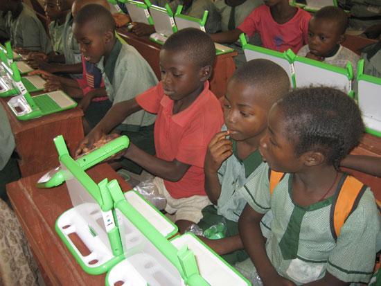 El OLPC llega a sus primero usuarios en Nigeria